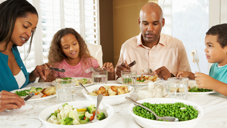 a family eating a healthry meal